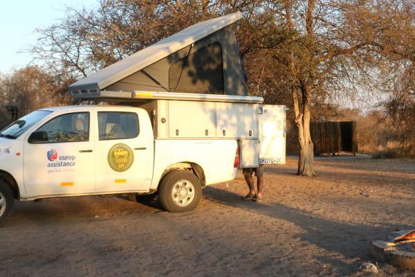 central kalahari ckgr exploringafrica safariadv romina facchi desert toyota