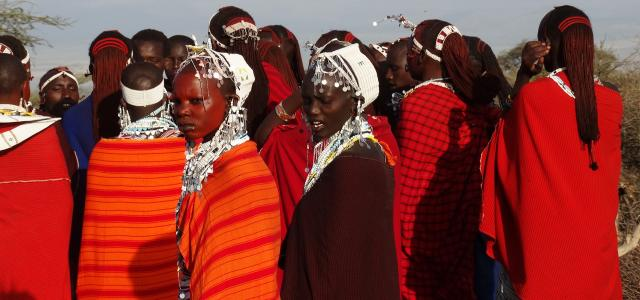 maasai women and man in kenya and tanzania