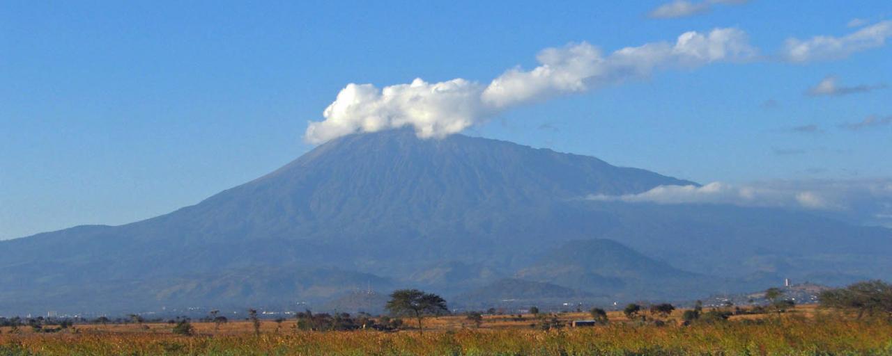 arusha tanzania africa exploringafrica mount meru