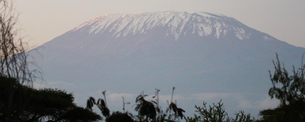 amboseli kenya romina facchi exploringafrica safariadv africa kilimanjaro