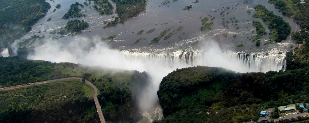 victoria falls exploringafrica safariadv zimbabwe viaggi travel zambia cascate