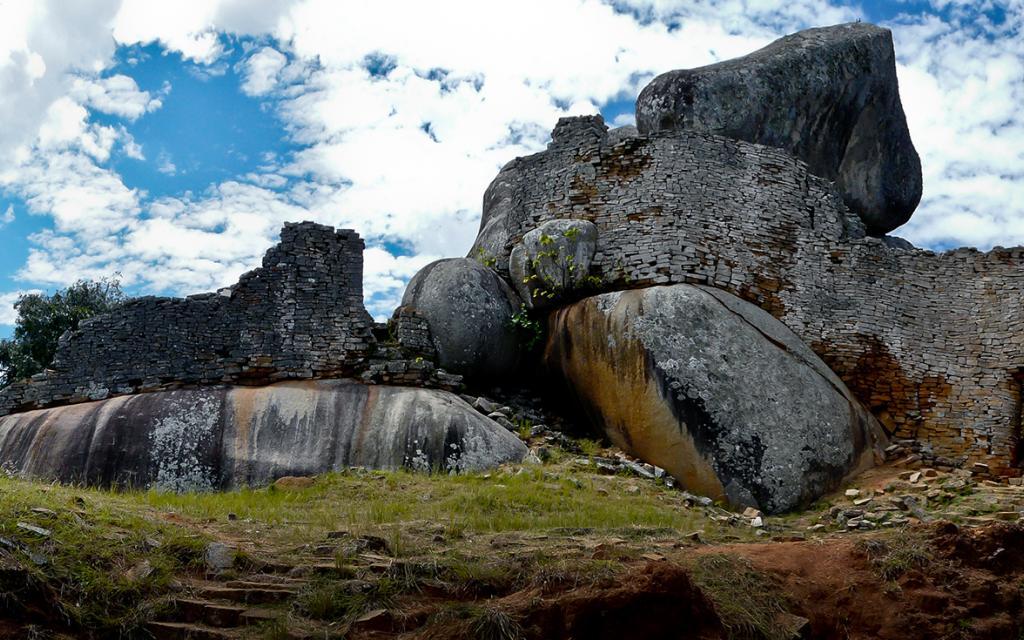 Great Zimbabwe sito archeologico historic site medioevo rovine ruins