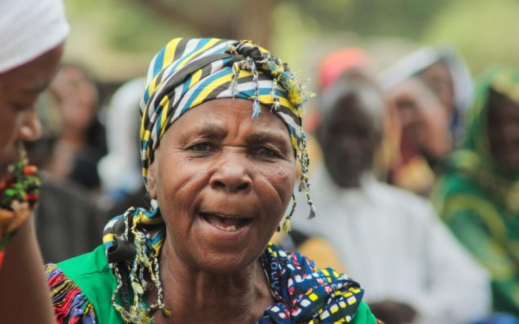 mbugwe old woman in tanzania safariadv exploringafrica