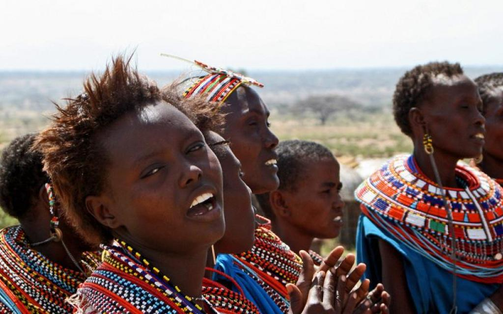 samburu people kenya safariadv exploringafrica necklace travel viaggio africa