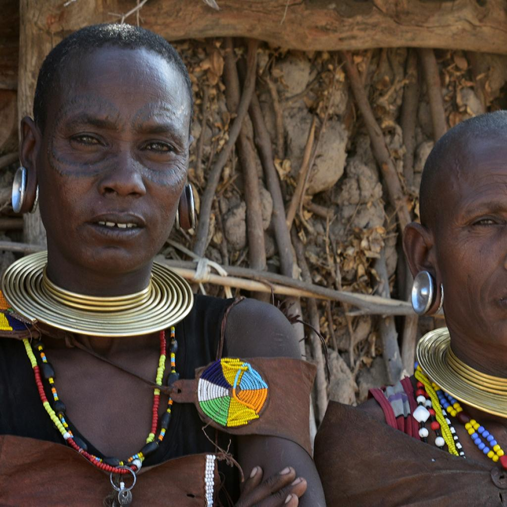 datoga women with wonderful necklace