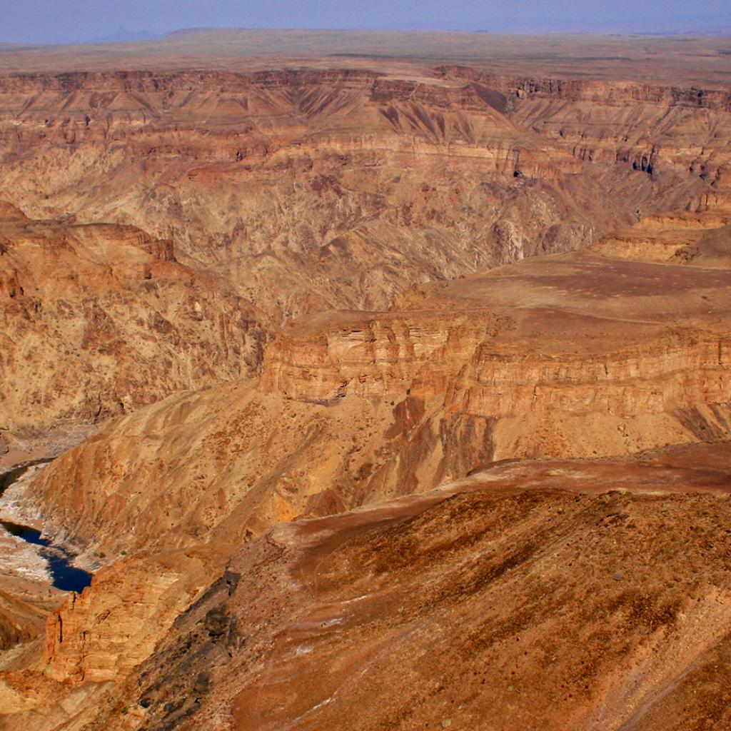 trekking fish river canyon namibia
