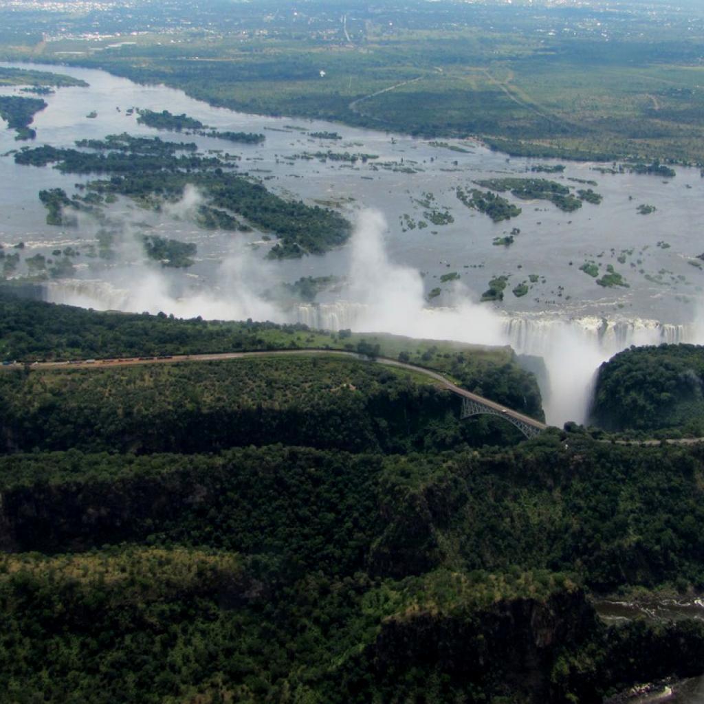 victoria falls exploringafrica safariadv viaggi travel zimbabwe zambia