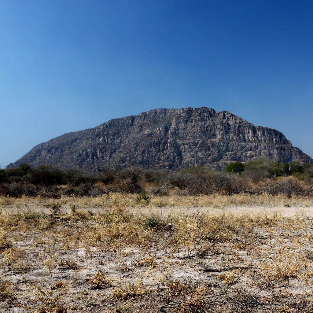 botswana safari san bushmen tsodilo hills africa safariadv exploringafrica romina facchi