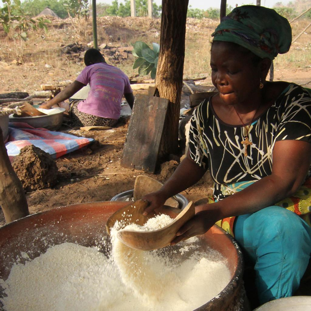 exploringafrica safariadv romina facchi togo aja people travel