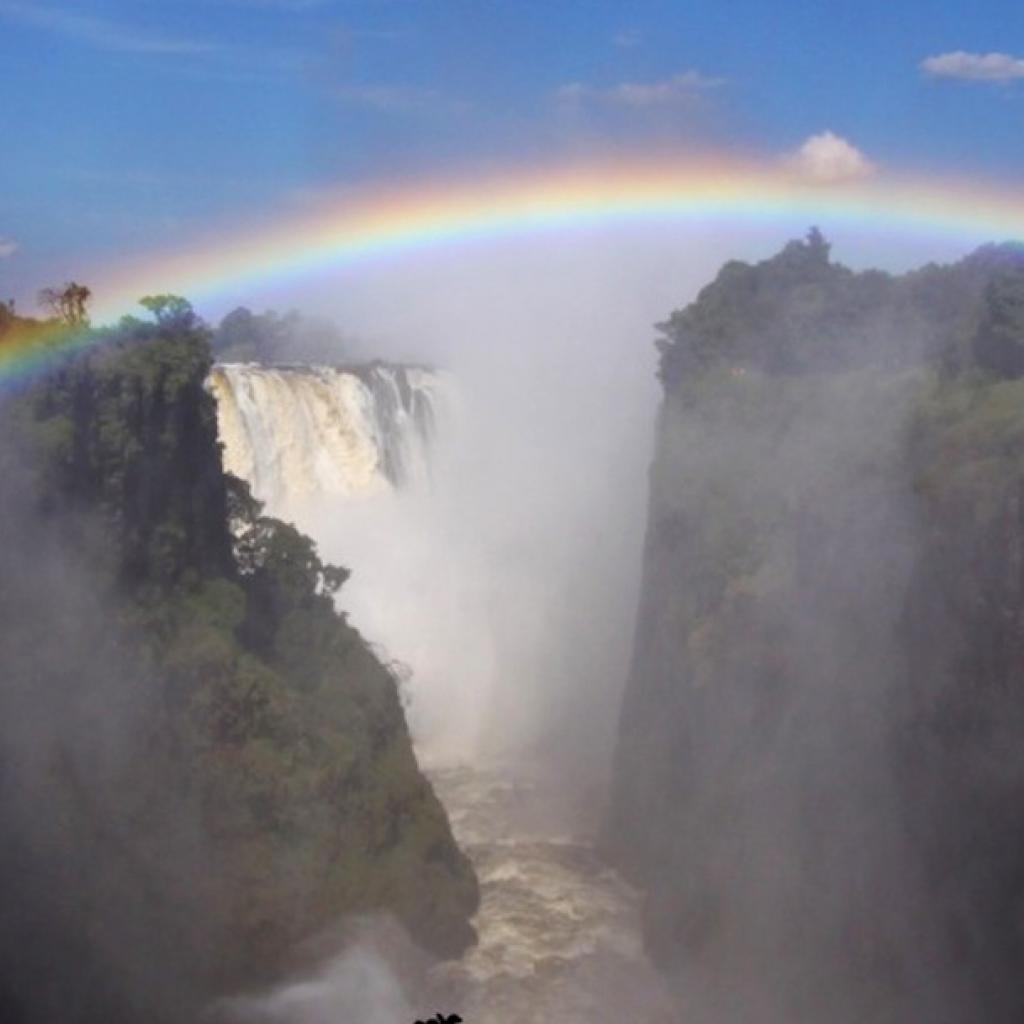 zimbabwe victoria falls alessio delle cave exploringafrica safariadv